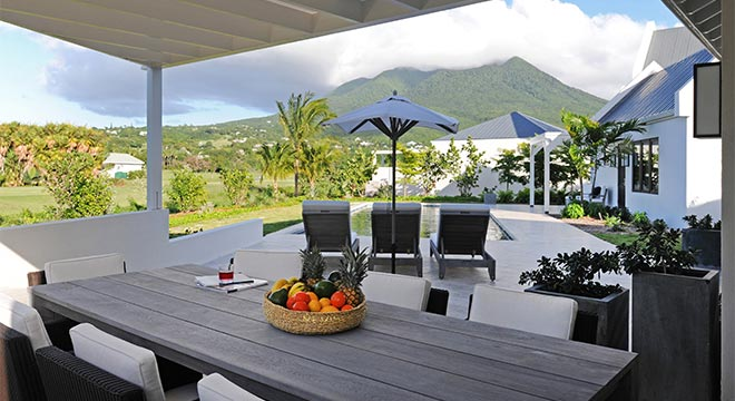 Just a three-minute walk to the beach – and closest to all the Resort amenities – these chic two-level villas offer sun-filled interiors and panoramic views of the golf course and Nevis Peak.